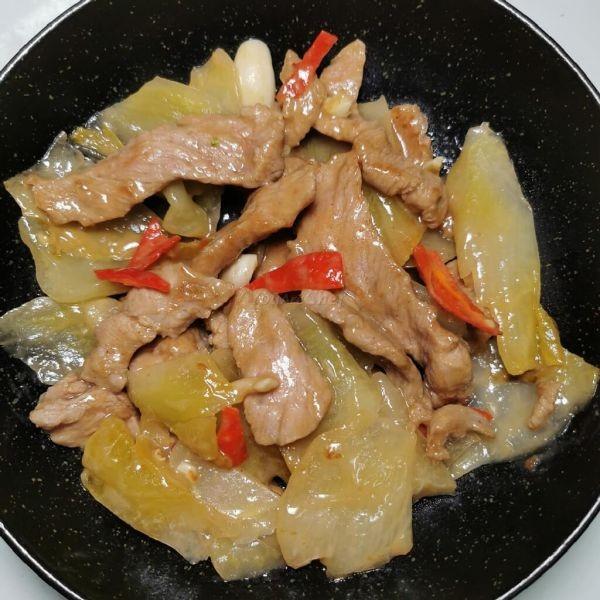 甜酸菜炒肉片