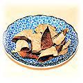 food-mandarin-peel.jpg (8708 bytes)