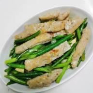 魚滑炒蒜芯