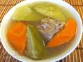 青紅蘿蔔排骨湯