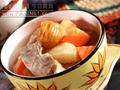 蘋果,紅蘿蔔蜜棗煲豬展湯